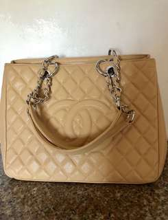 Chanel Bag ( Mirror Copy only)