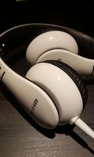 Casio XWH2 Over Ear Headphones, White