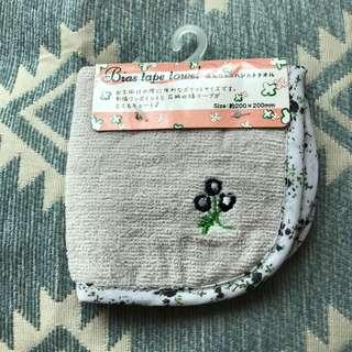 日本花花刺繡毛巾,包郵