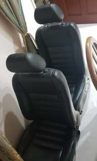 Honda civic front left n right seat..