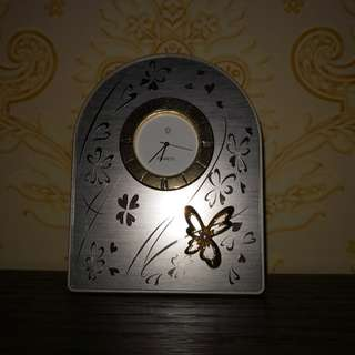Mikimoto metal table Clock