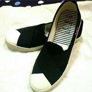🚚 鞋24號