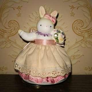 Vintage bunny music box