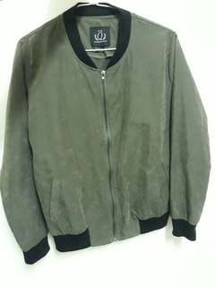 queenshop 顏色比圖片深 軍綠 蜜桃絨 飛行外套 薄外套 休閒外套
