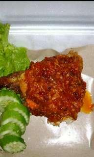 Ayam penyet pedas