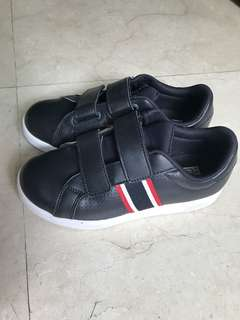 Fila black shoes boys