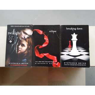 Twilight Saga/Series by Stephenie Meyer