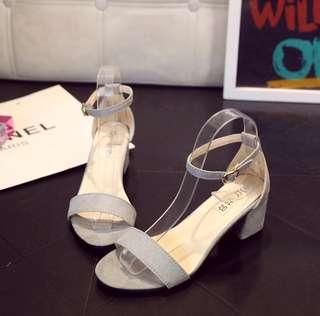 BNIP Grey Block Heels sandals gray kitten uzzlang ulzzang harajuku simple basic minimal casual kstyle buckle open peep toe blocked minimalist in trend