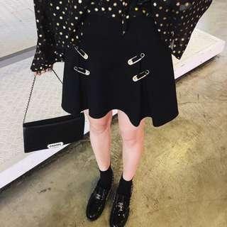 VM 2018夏季 金屬別針點綴 簡約 高腰包臀 顯瘦A字短裙