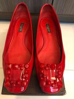 🚚 LV 2手紅色漆亮皮娃娃鞋 40號 (原價32200)