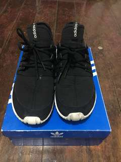 Shoes fs. Steal.