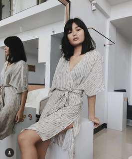 Suzy clothing easy wrap dress