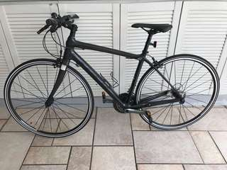Almost brand new CARBON bike Trek 7.7Fx52cm