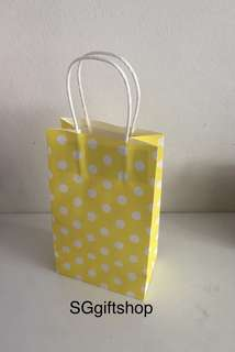 Yellow polka dot paper bag, children birthday goodie favors, goodies bag packages, art and craft paper bag