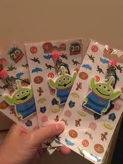 迪士尼鎖匙扣 三眼仔 little green men alien:)