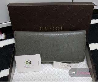 * MARKED DOWN* AUTHENTIC GUCCI WALLET