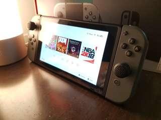Nintendo Switch 9成新 送兩個遊戲 附發票!