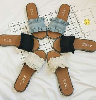 [PO] Frilled Beach Slippers