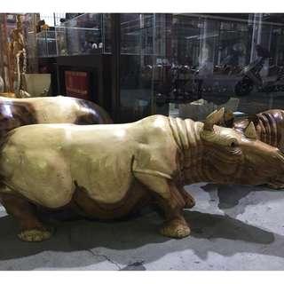 精選印尼柚木 巨無霸犀牛哥 大型裝飾藝術