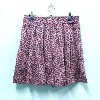 (P016) Uniqlo Floral Short Pants