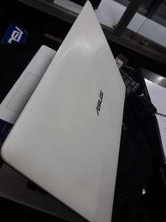 Terima jual laptop second semua merk