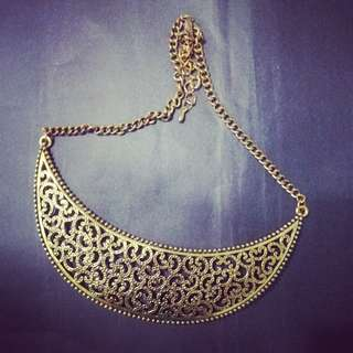 Gold Statement Chunky Necklace