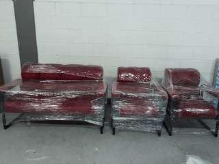 Brand new sofa set - metal legs