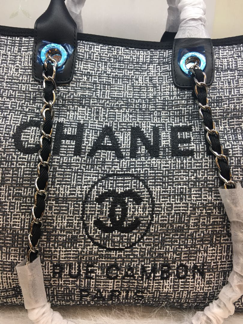 7dcc374989 Chanel Deauville Tote bag, Luxury, Bags & Wallets on Carousell
