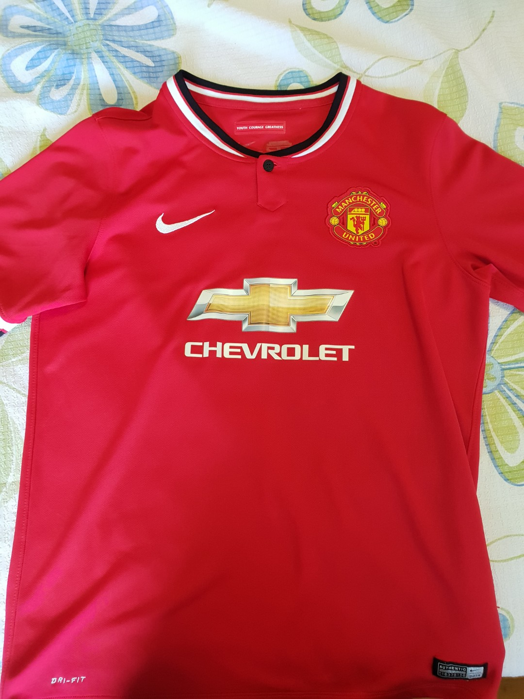ed2766a9e91 AUTHENTIC Manchester United 14/15 Home jersey, Sports, Sports ...