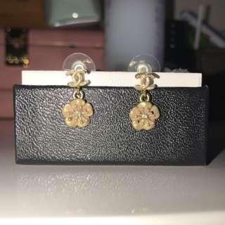 Chanel Sakura Dangling Earring <rare>