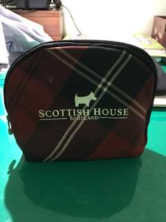 🚚 Scottish house