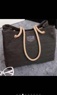 READY STOCK KIM JOSEPH SLING BAG/ HANDBAG