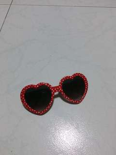Red heart shades