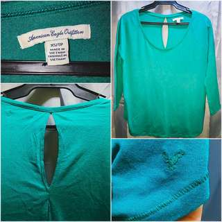 American Eagle Outfitters basic 3/4 top Green - XS (But can fit up to Small), used once