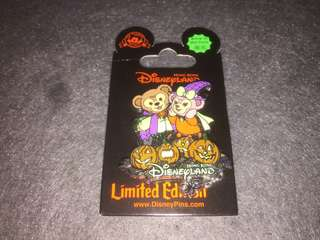 香港迪士尼 徽章 Disney Pin Halloween 2015 Duffy Shelliemay LE300
