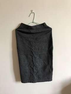 🚚 棉質後開叉修身中長裙