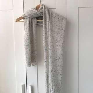 Aritzia 100% cashmere scarf