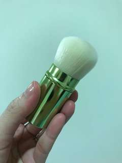 High quality kabuki brush (clearance sale)