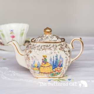 Lovely vintage Sadler miniature, one-cup teapot, crinoline lady in a garden, chintz