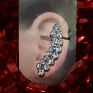 CATRIONA-INSPIRED EARCUFF