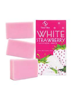 White Strawberry with Glutathione and Arbutin (3soaps in 1pack)