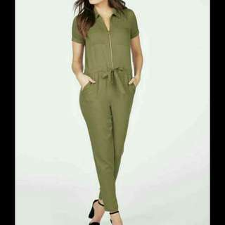 Onhand jumpsuit fit up to semi large