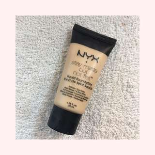 NYX Stay Matte but Not Flat Foundation in Ivory