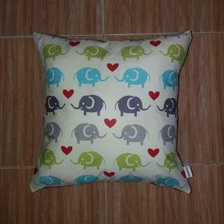 Kombinasi - Sarung Bantal Kursi (Cushion)