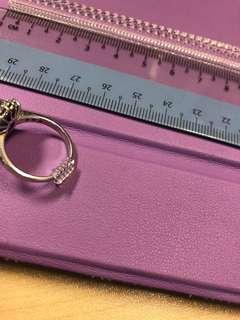 Ring adjuster snuggies