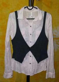 Long sleeve w/ grey chaleco
