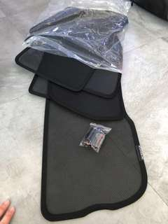Land Rover Range Rover Evoque Magnetic Sunshades Includes Rear Sunshade