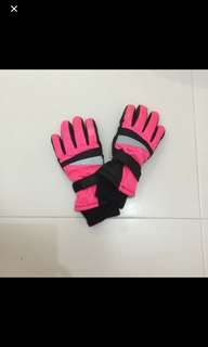 Winter gloves for girls- for 8 to 9 yrs old