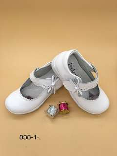 真皮女童黑色白色返學鞋26~35