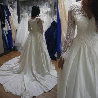Instock - Royal style long sleeve wedding dress